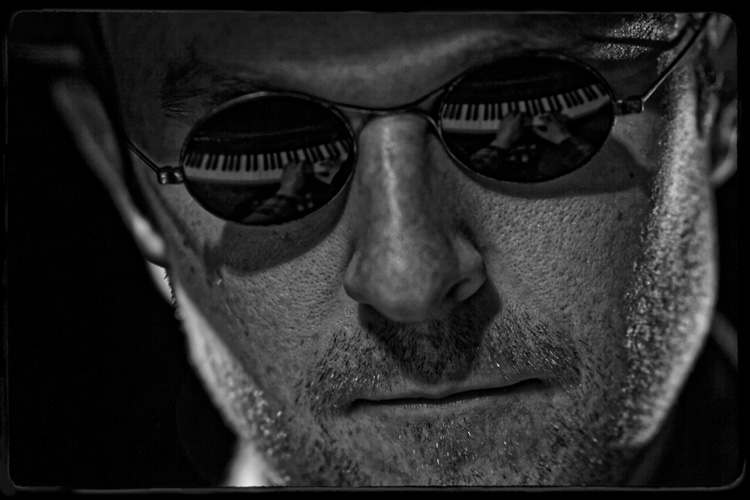 Blind Mans Song as part of The Edinburgh Fringe Festival 2015 Photo Credit: Francois Verbeek