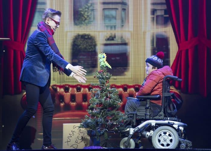 L-R Tom Fletcher (Bob Trundle) & Dan Mclellan (William Trundle) - The Christmasaurus Live - Evintim Apollo (c) Alastair Muir