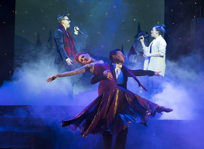 L-R Tom Fletcher (Bob Trundle), Katie Bradley, Harry Judd & Giovanna Fletcher (Pamela Payne) - The Christmasaurus Live - Eventim Apollo (c) Alastair Muir