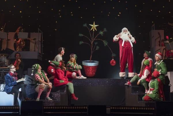 Tom Fletcher (William Trundle), Santa Claus and Ensemble - The Christmasaurus Live - Eventim Apollo (c) Alastair Muir