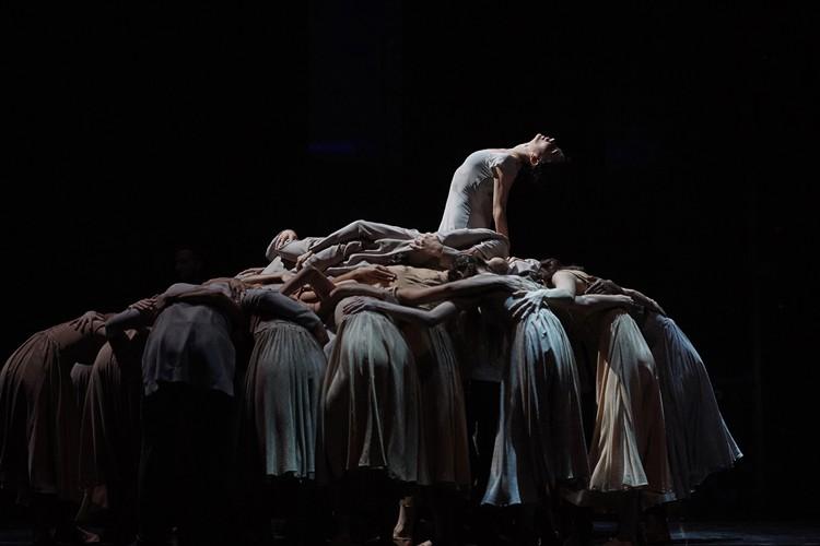 Tamara Rojo in Akram Khan's Giselle (c) Laurent Liotardo