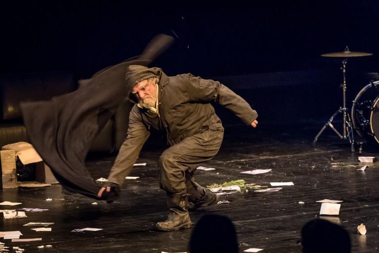 Hamlet. Trafalgar Studios. David Fielder (Polonius Gravedigger).