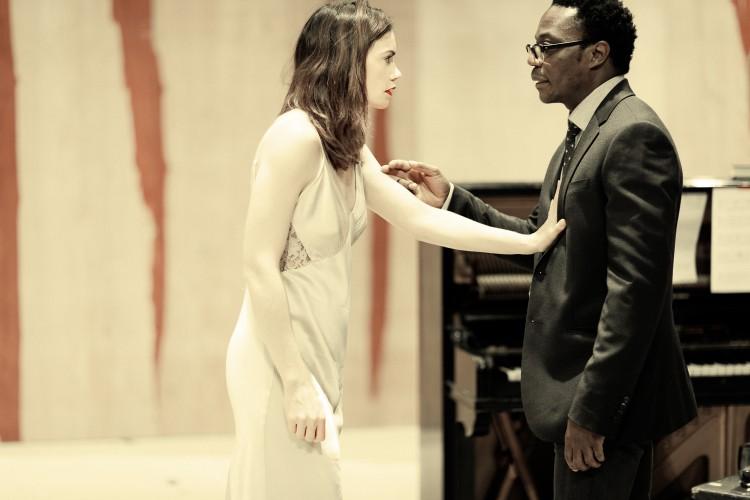 Ruth Wilson (Hedda Gabler) and Chukwudi Iwuji (Eilert Lovborg) - Photo credit: Jan Versweyveld