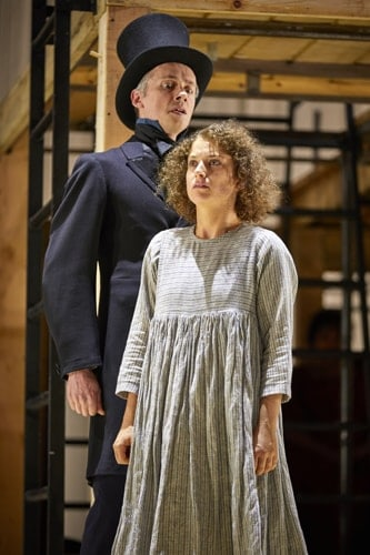 Paul Mundell, Nadia Clifford (Jane Eyre) NT Jane Eyre Tour 2017. Photo by BrinkhoffMögenburg