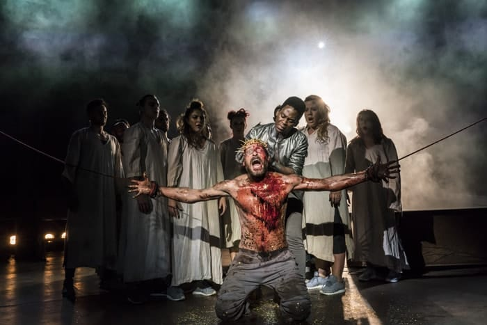 Tyrone Huntley and Declan Bennett as Judas and Jesus, Crown of Thorns. Photo Johan Persson