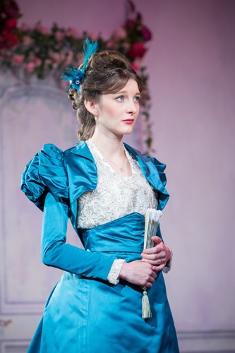Grace Molony as Lady Windermere (4) - Credit Marc Brenner