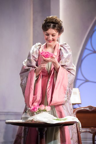 Grace Molony as Lady Windermere - Credit Marc Brenner