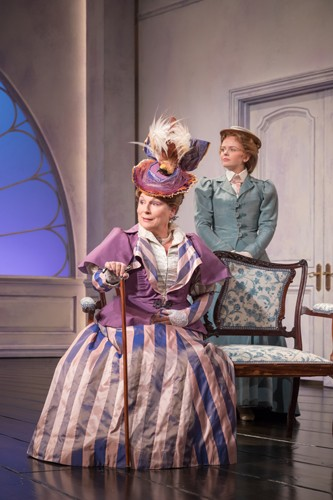Jennifer Saunders as Duchess of Berwick (2) - credit Marc Brenner