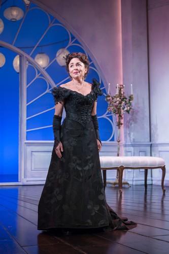 Samantha Spiro as Mrs Erlynne - Credit Marc Brenner