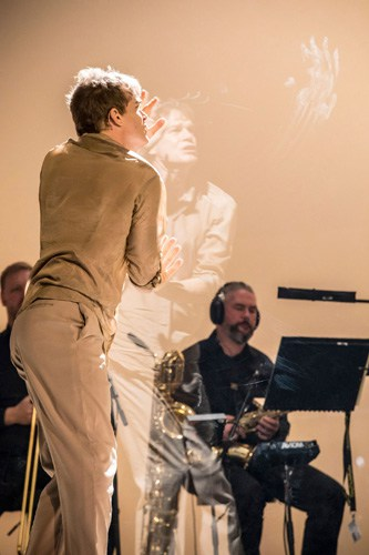 LAZARUS - Michael C Hall (Newton) Credit Johan Persson