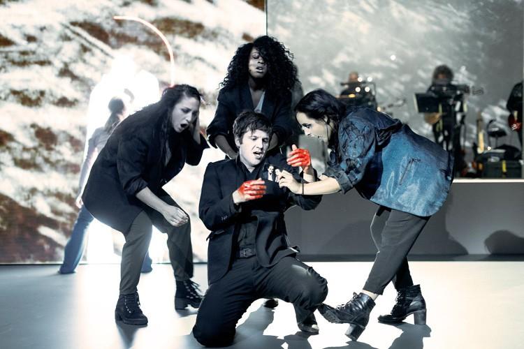 LAZARUS - Sydnie Christmas (Teenage Girl), Michael Esper (Valentine), Gabrielle Brooks (Teenage Girl), Maimuna Memon (Teenage Girl) Credit Jan Versweyveld