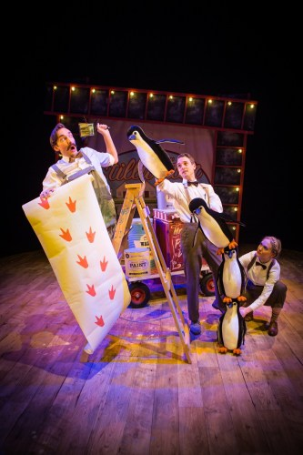 Russell Morton (Mr Popper), Toby Manley (Male Puppeteer) & Lucy Grattan (Female Puppeteer) Credit Helen Murray
