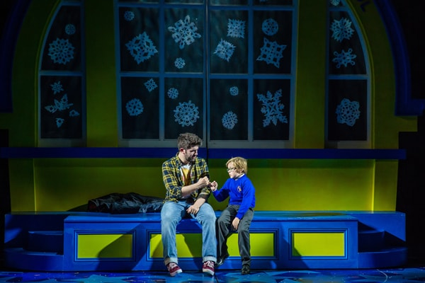 NATIVITY! THE MUSICAL. Simon Lipkin 'Mr Poppy'. Photo by RIchard Davenport