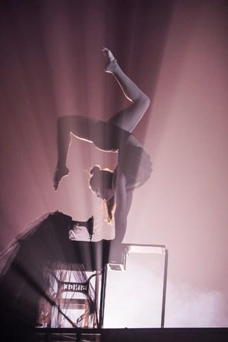 Ella Rose - BIANCO - NoFit State Circus - Big Top - Southbank Centre - Photo By Tristram Kenton