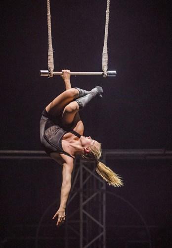 Enni Lymi - BIANCO - NoFit State Circus - Big Top - Southbank Centre - Photo By Tristram Kenton