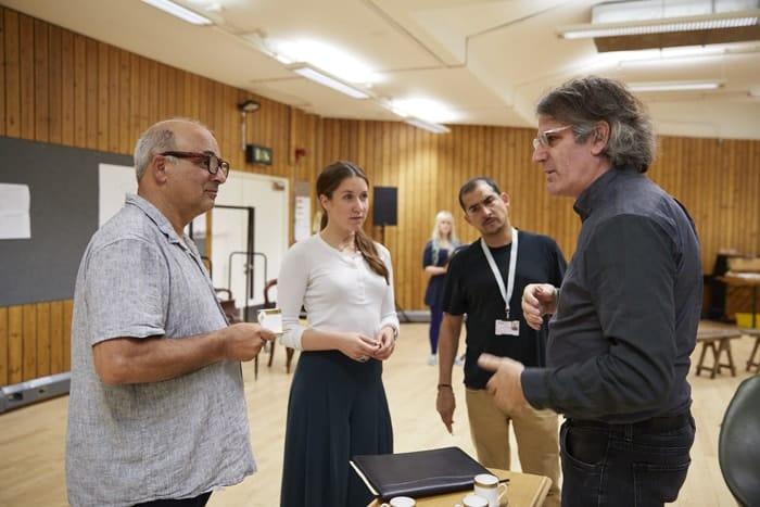 l-r Peter Polycarpou, Karoline Gable, Nabil Elouahabi and Bartlett Sher in rehearsal for 'Oslo' - photo credit Brinkhoff Mögenberg.