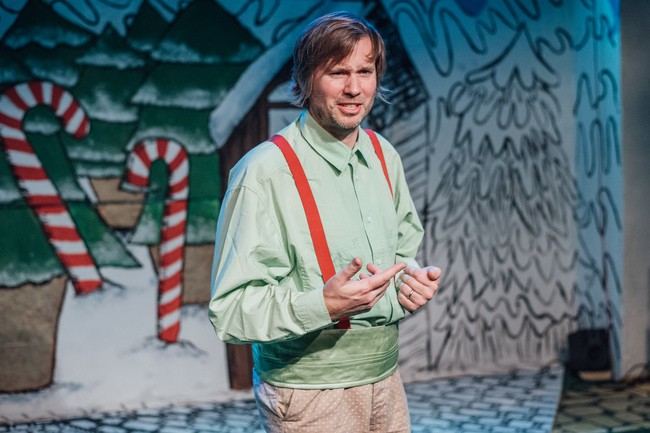 Scrooge and the Seven Dwarves, Theatre503 - Ben Hales, courtesy of David Monteith-Hodge