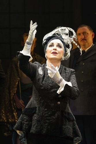 SUNSET BOULEVARD. Ria Jones 'Norma Desmond'. Photo Manuel Harlan