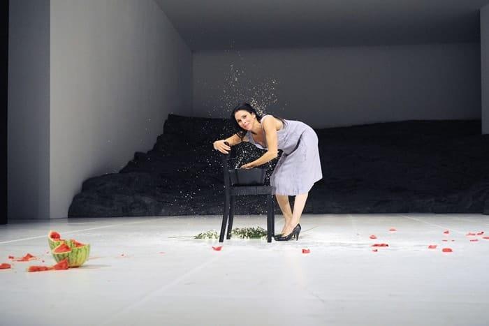 Ruth Amarante in Masurca Fogo. Photo credit Zerrin Aydin-Herwegh