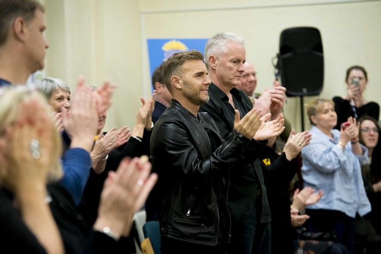 LtoR Gary Barlow and Tim Firth at rehearsals for The Girls, credit Matt Crockett (3)-min