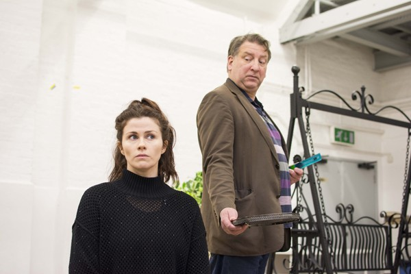 Louise Coulthard & Simon Shackleton in rehearsals for THE IMPORTANCE OF BEING EARNEST. Photo credit James Findlay