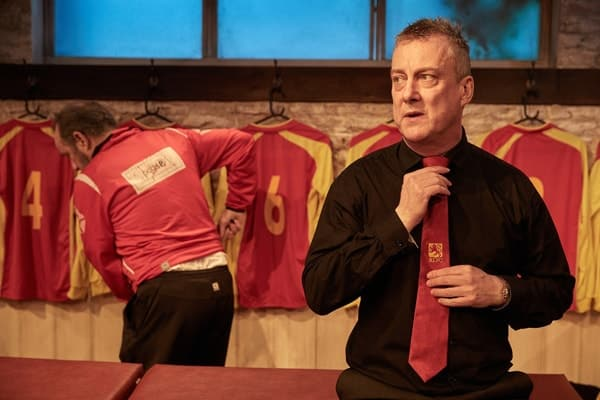 The Red Lion, Trafalgar Studios - John Bowler and Stephen Tompkinson (courtesy of Mark Douet)