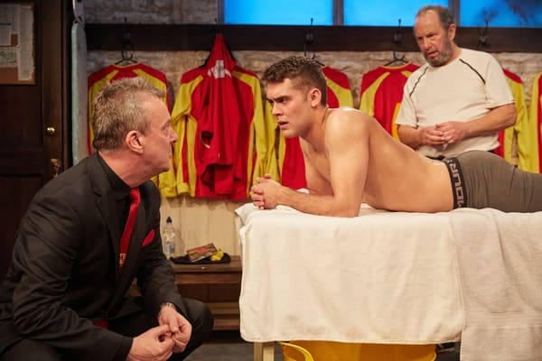The Red Lion, Trafalgar Studios - Stephen Tompkinson, Dean Bone and John Bowler (courtesy of Mark Douet)