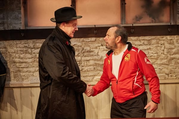 The Red Lion, Trafalgar Studios - Stephen Tompkinson and John Bowler (courtesy of Mark Douet)