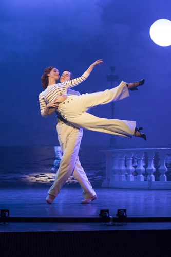THE RED SHOES. Ashley Shaw 'Victoria Page' and Dominic North 'Julian Craster'. Photo by Johan Persson