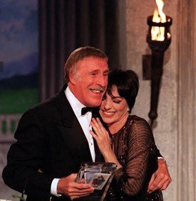 Sir Bruce Forsyth will host and interview Liza Minnelli