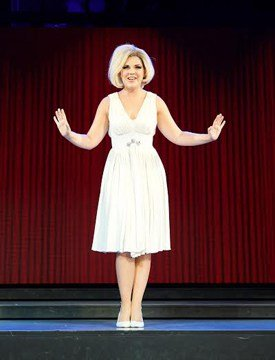 Alison Arnopp as Dusty Springfield in DUSTY