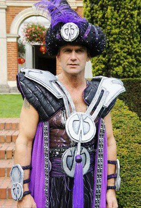 Scott Maslen as Abanazar