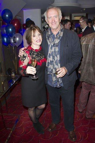 Patti LuPone (Fantine) and Jonathan Pryce