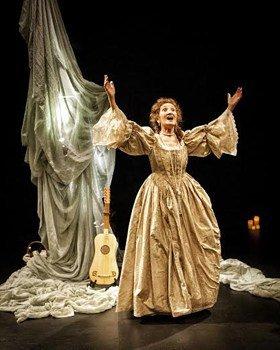 Elizabeth Mansfield in The Restoration of Nell Gwyn