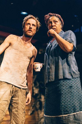 l-r Oliver Gomm and Lesley Ewen in African Gothic, Two Sheds Theatre, Park Theatre (c) Boris Mitkov