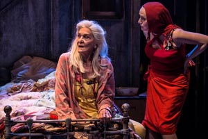 Grey Gardens Sheila Hancock and Jenna Russell Photo Scott Rylander.