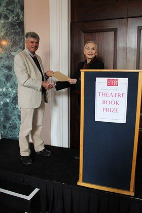 Dame Siân Phillips presents Steve Nicholson with the Theatre Book Prize (c) Vicki Holland