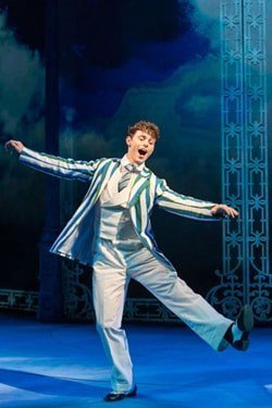 HALF A SIXPENCE Charlie Stemp 'Arthur Kipps'. Photo by Manuel Harlan