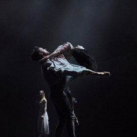 Tamara Rojo and James Streeter in Akram Khan's Giselle