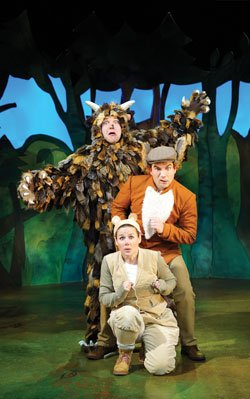 Steve McCourt (The Gruffalo) Ellie Bell (Mouse) & Charlie Guest (Predators)