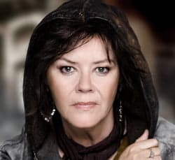 JOSIE LAWRENCE as MOTHER COURAGE