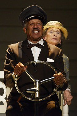 Derek Griffiths and Siân Phillips in Driving Miss Daisy - CREDIT Nobby Clark