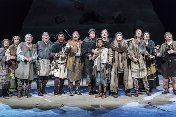The Company of Saint George and the Dragon (c) Johan Persson