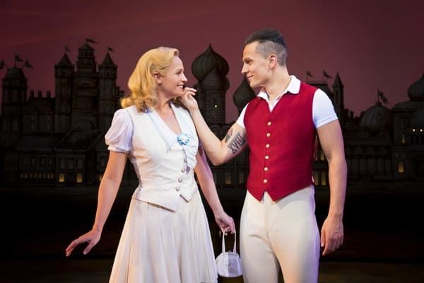 Helen Woolf as Glinda and Aaron Sidwell as Fiyero in WICKED UK & Ireland Tour. Photo Credit Matt Crockett