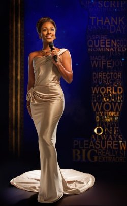Alexandra Burke in The Bodyguard - photo by Uli Weber