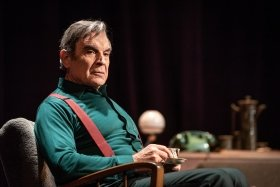 David Suchet in Pinter Two. Photo Marc Brenner