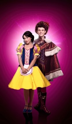 Danielle Hope as Snow White and Charlie Stemp as Prince Charming (photo credit Paul Coltas and Image 1st)