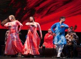 Mark Morris Dance Group - Silkroad Ensemble Layla and Majnun - Copyright Susana Millman