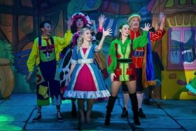 Jack and the Beanstalk Wyllyotts Theatre Potters Bar