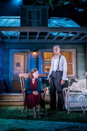 Sally Field (Kate Keller) and Bill Pullman (Joe Keller) in All My Sons at The Old Vic. Photo by Johan Persson.